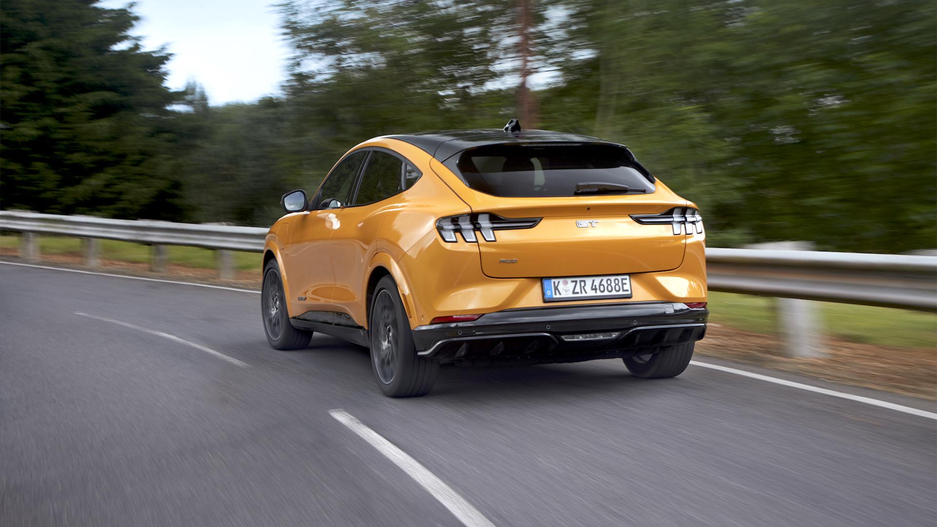 Comenzó en Europa la venta del nuevo Ford Mustang Mach-E eléctrico